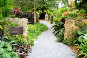 meditation garden at the recovery village palm beach